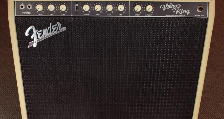 Fender-Vibro-King-CSR4-Amplifier-front-view