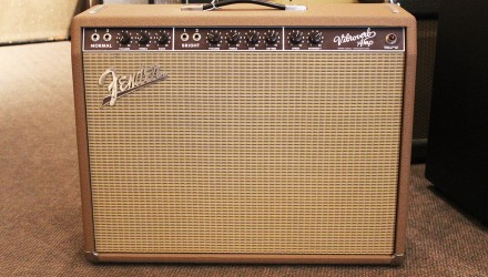 Fender-VibroVerb-1963-Reissue-2x10-Combo-Amplifier-1993-Full-Front-View