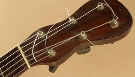 Gennaro-Fabricatore-Napoli-Romantic-Era-Guitar-1830-head-front