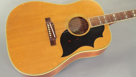 Gibson-Country-Western-1965-top