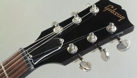 Gibson-ES-339-Studio-head-front