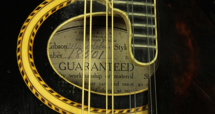 Gibson-F-2-Mandolin-1919-label