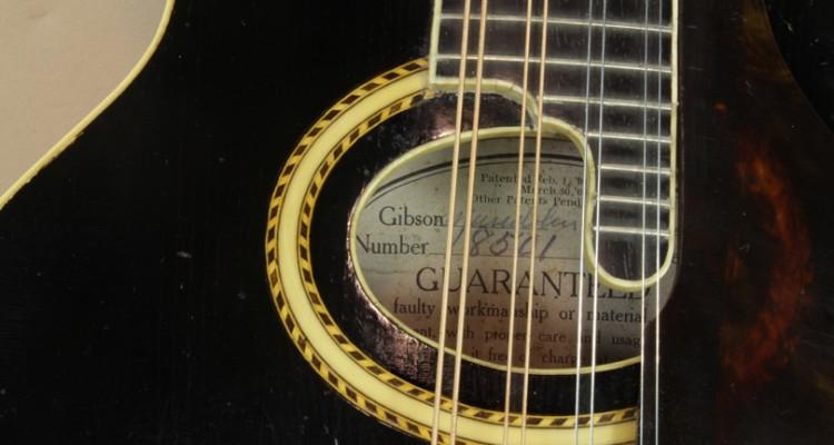Gibson-F2-Mandolin-1919-label