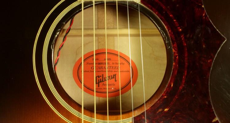 Gibson-J-185-True-Vintage-2007-label
