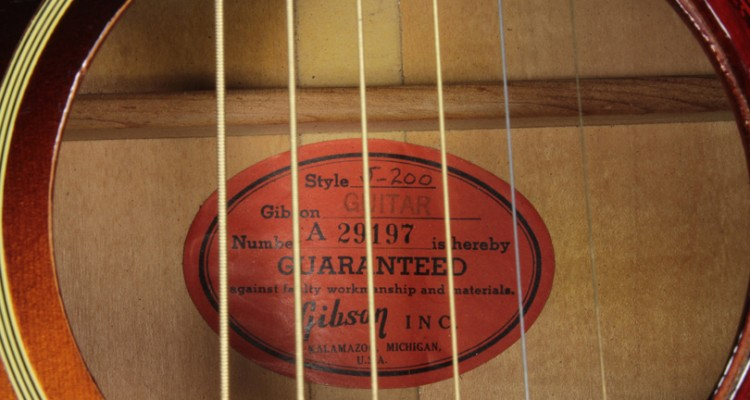 Gibson-J-200-Sunburst-1959-label