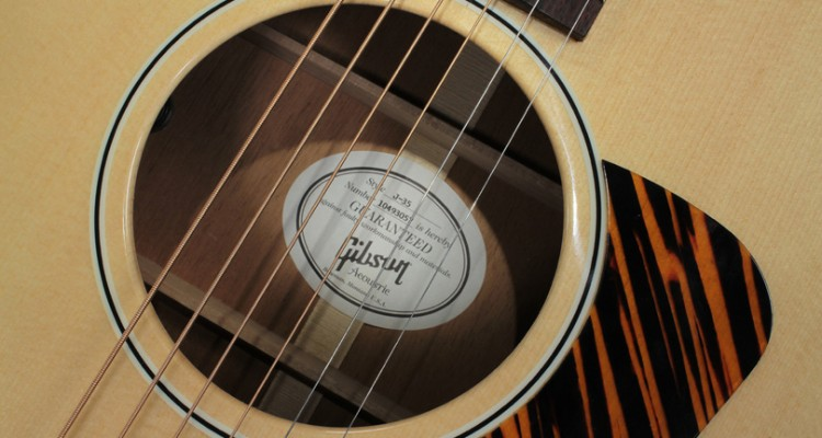 Gibson-J-35-label