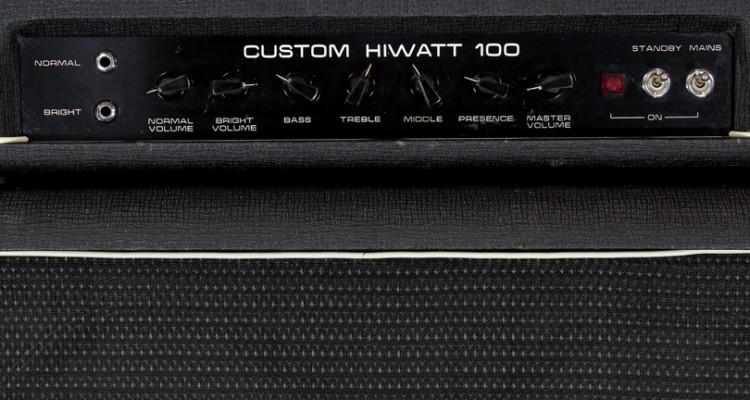 Hiwatt-Custom-100-head-1970-with-se4123-Cabinet-1979-controls