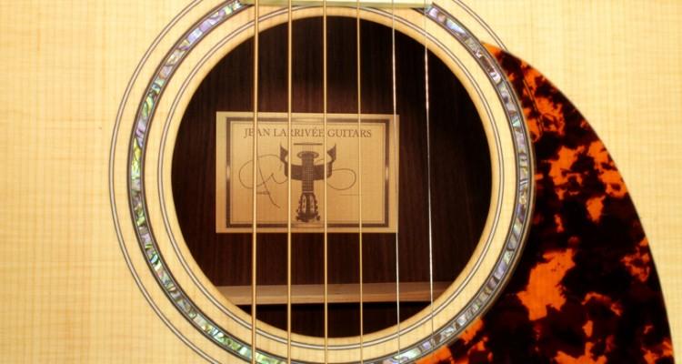 Larrivee-LV-03-Vancouver-Edition-label
