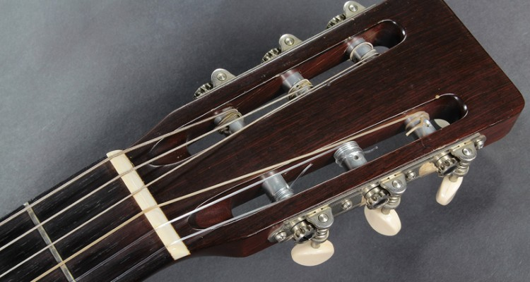 Martin-0018G-1958-head-front-view