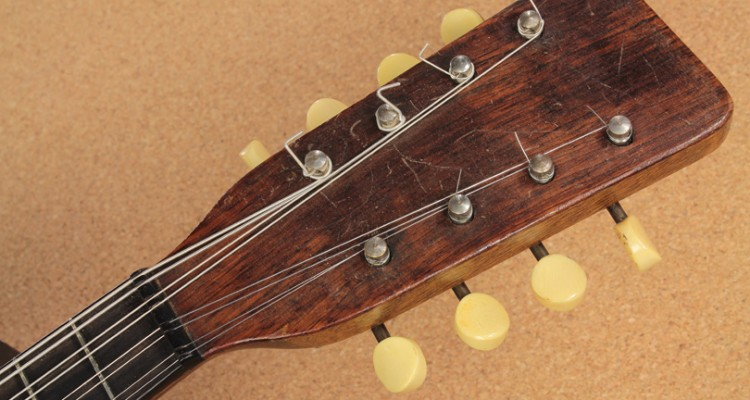1921-Martin-A-Style-Mandolin-head-front-view