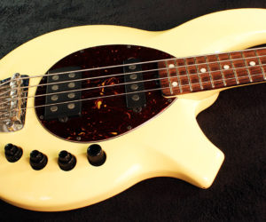 MusicMan Bongo Bass 2005 (consignment) SOLD