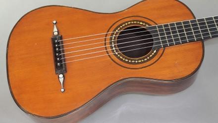 Louis-Panormo-School-Guitar-circa-1830-top