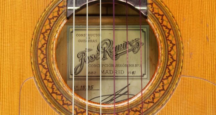 Ramirez-ia-Flamenco-Guitar-1981-label-1